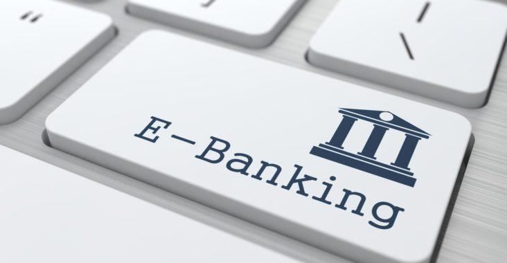 Pourquoi-consulter-des-avis-de-banques-en-ligne-.jpg